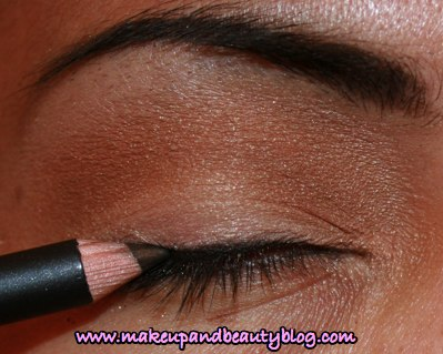 mac-russian-red-fotd-11.jpg