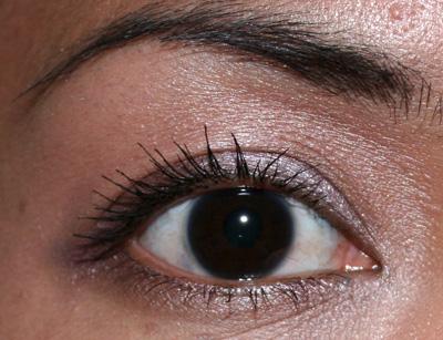 laura-mercier-dreamy-fairytale-eye-duo-1