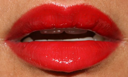 mac Cosmetics russian red lipglass