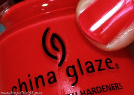 china-glaze-ink-rose-among-thorns