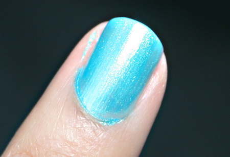 mac-cosmetics-neo-sci-fi-plasma-blu