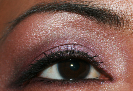 mac-cosmetics-nice-vice-paint-pot-pink-pearl-pigment-fotd-eye-2