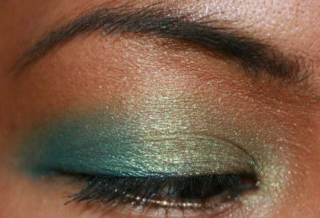 mac-cosmetics-parrot-fotd-sprout-eye-3