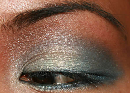 sonia-kashuk-blue-lagoon-eye-shadow-quad-fotd-4