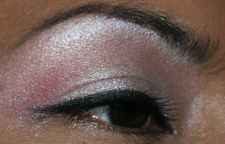 mac-cosmetics-medallion-silverwear-trophy-pink-fotd-eye-2