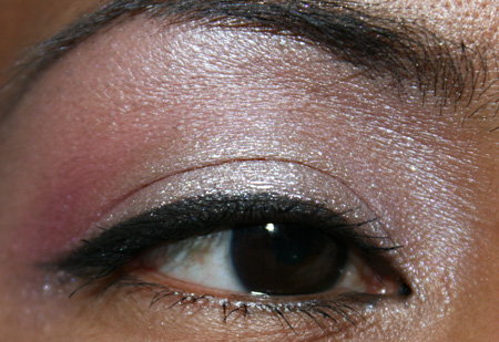 mac-cosmetics-medallion-silverwear-trophy-pink-fotd-eye-4