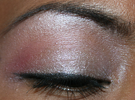 mac-cosmetics-medallion-silverwear-trophy-pink-fotd-eye-5