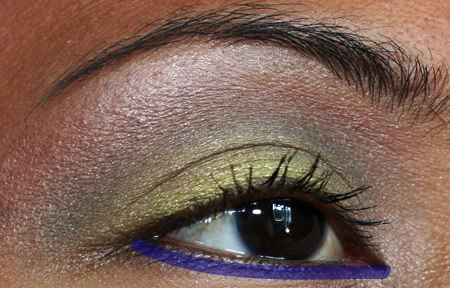 mac-cosmetics-fresh-green-mix-mineralize-eye-shadow-duo-eye-7