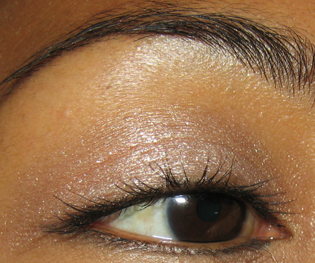 mac-cosmetics-love-connection-mineralize-eyes-shadow-2
