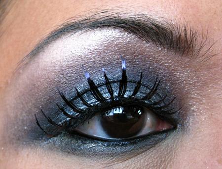 MAC Smokey Eye Tutorial: Halloween - 67.1KB