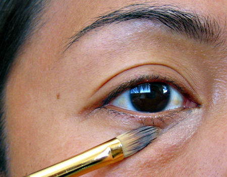 How to Cover Up Dark Circles For a Wedding, Prom or Party ...