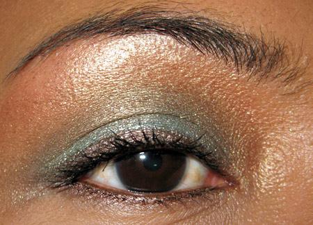 MAC Hello Kitty MAC Makeup MAC Cosmetics makeup blog beauty blog