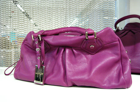 marc jacobs bag violet