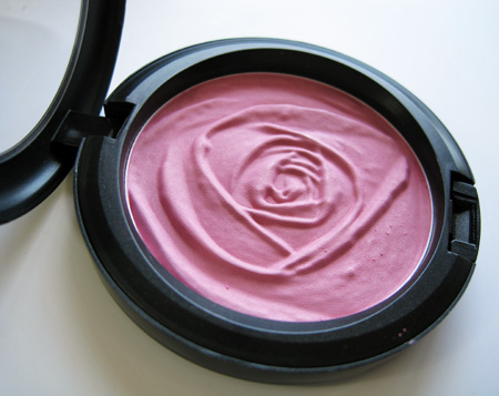 mac a rose romance summer rose beauty powder