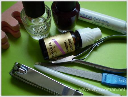 nail-polish-tools