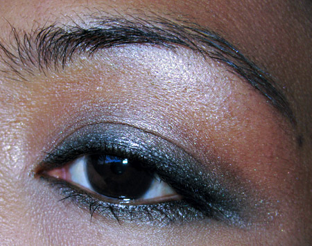 benefit-conmetics-fotd-062909-eye-2