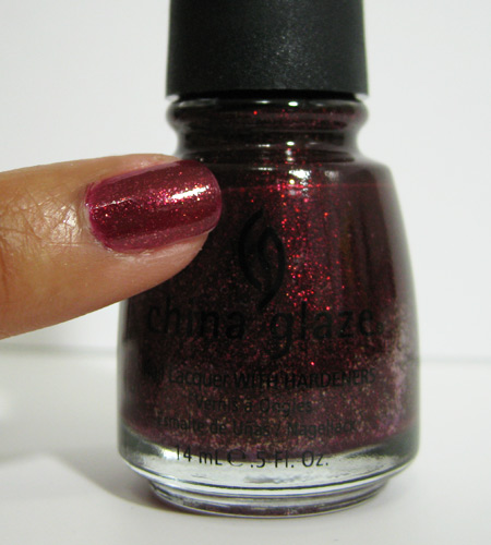 china glaze retro diva stroll 737