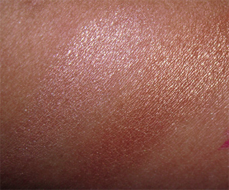 illamasqua sirens swatches bronzing duo glint and burnish 1