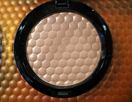 mac naked honey high light powder golden nectar