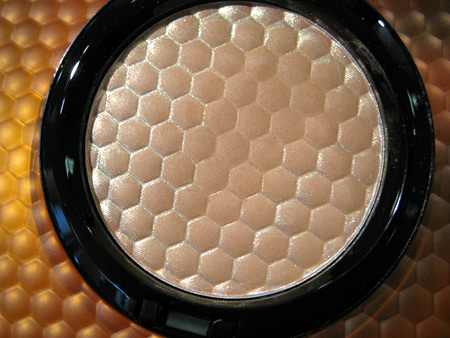 mac naked honey high light powder honey light