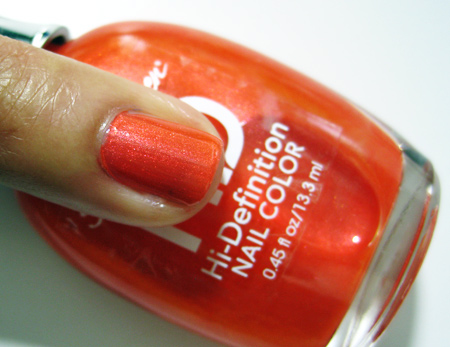 sally hansen hd hi definition nail color three d