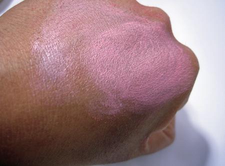 benefit-cosmetics-that-gal-tutorial-4