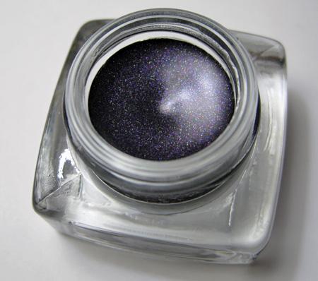 bobbi-brown-metallic-long-wear-cream-shadow-starry-purple