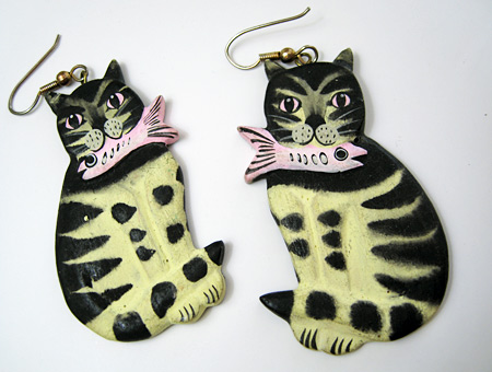 cat-earrings