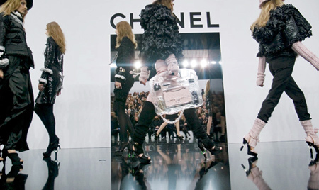 chanel-fall-ready-to-wear-runway-2009-2010
