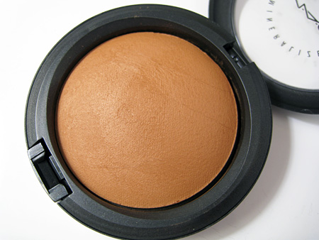 mac-cosmetics-giveaway-high-def-mineralize