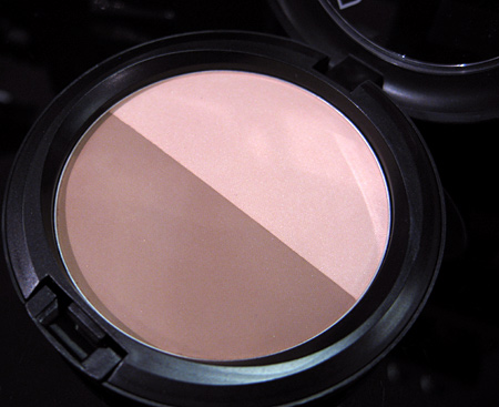 mac-dsquared-shape-and-sculpt-powder-in-accentuate-sculpt