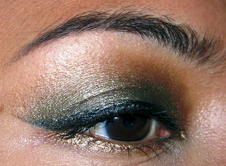 mac-style-black-collection-tutorial-eye-side1