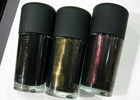 mac style black nail lacquer