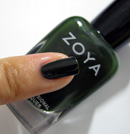 zoya dare swatches Envy