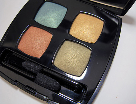 chanel holiday 2009 makeup collection golden cage aqualumiere gloss bird of paradise