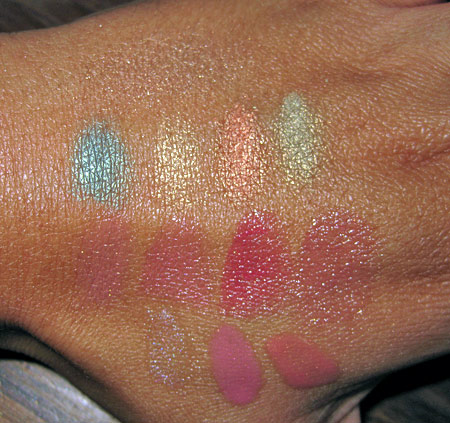 chanel-holiday-2009-makeup-collection-swatches
