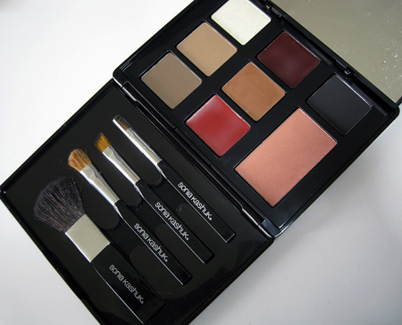 Sonia Kashuk Classic Palette Holiday 2009 open