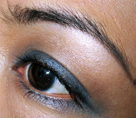 Sally Hansen Natural Beauty Perfect Smokey Eyes 2