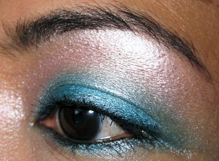 urban decay show pony eye