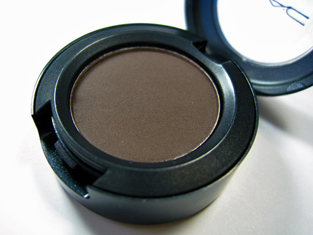 MAC All Ages All Races All Sexes Review Show Stopper Eyeshadow 5