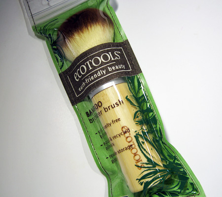 eco tools bamboo bronzer brush review 3