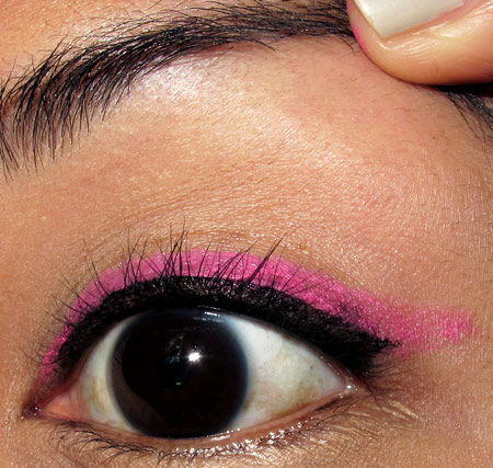 tokidoki makeup pink liner tutorial eye step 3