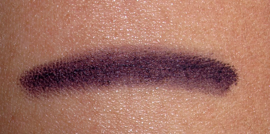 Chanel Cassis Long Lasting Eyeliner Review Swatches Photos nc35 skin
