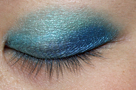makeup tutorial blue green gold teal
