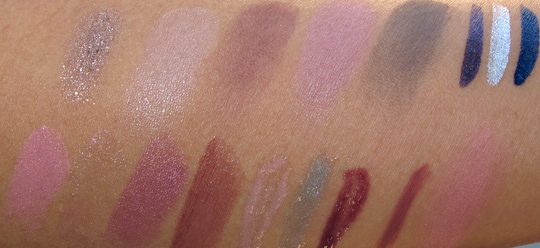 MAC Fabulous Felines Swatches Palace Pedigreed all