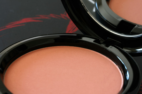 mac venomous villains review swatches photos cruella de vil beauty powder her own devices open