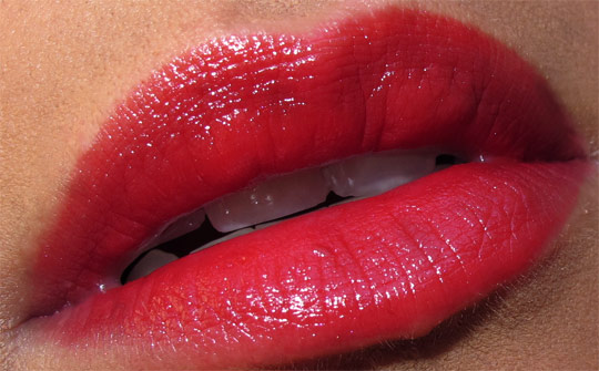 mac venomous villains review swatches photos cruella de vil heartless lipstick closeup