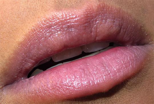 mac venomous villains review swatches photos cruella de vil innocence beware lip closeup