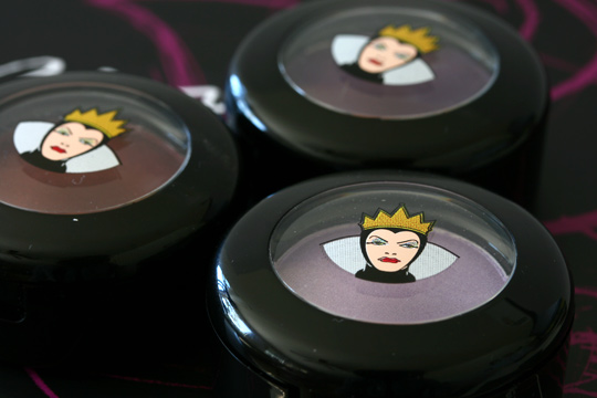 mac venomous villains review swatches photos evil queen eyeshadows closed