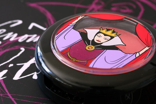 mac venomous villains review swatches photos evil queen powder blush bite of an apple closed